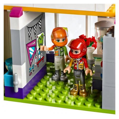 Конструктор LEGO Friends Большая гонка 41352