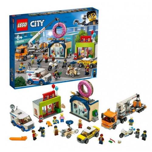 Конструктор Lego City Town Открытие магазина по продаже пончиков 60233