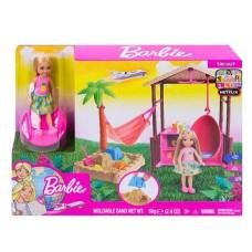 """Игровой набор с куклой Barbie """"Путешествия Челси и хижина"""", FWV24"""